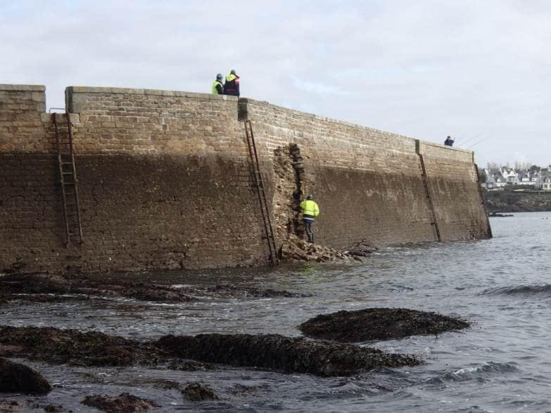 dégâts sur le quai de la Croix à Concarneau